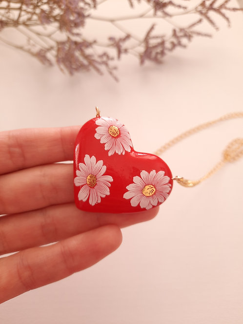 HEART NECKLACE - RED WITH BIG WHITE FLOWERS