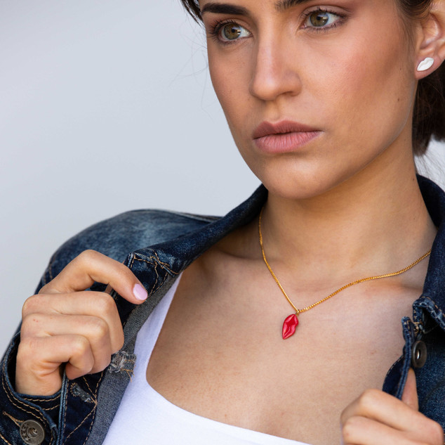 Red Angel S Necklace