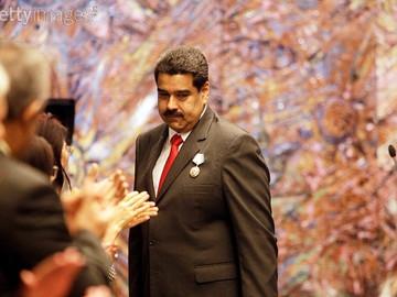 Oposición tiene 30 días para reunir 200 mil firmas para revocatorio de Maduro