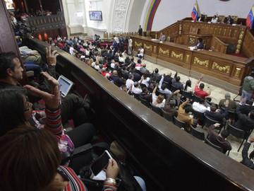 Redacción de la Constitución avanza en manos de la ANC, según Tania Díaz