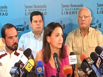 MUD anunció radicalización de la protesta y acuerdo de transición
