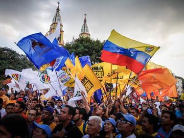 Nuevo Herald: A prueba la tesis de una salida electoral en Venezuela