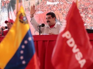 Presidente Maduro amenaza con cesar la venta de petróleo a EEUU