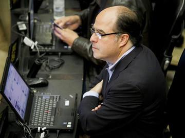 Julio Borges: El oficialismo sigue con el plan de impugnar 22 diputados de la MUD antes del 5E