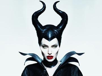 Angelina Jolie regresa para Maléfica 2