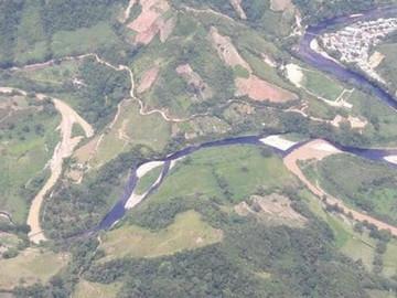 Petróleo derramado en El Catatumbo podría llegar a lago Venezolano