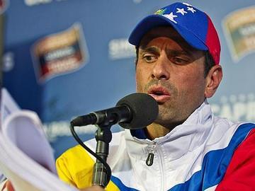 Capriles: prohibición de reunión es inconstitucional