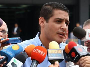 Hermano del Candidato Olivares fue trasladado al Helicoide