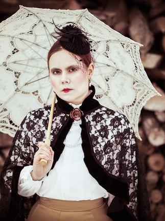 Portrait_Fantasy_Outdoor_Shooting_Angelina_Minnig