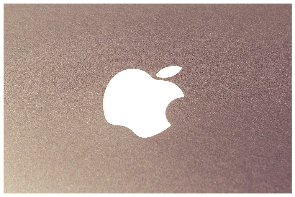 (Photo: / disclosure) Apple Logo on Startblog