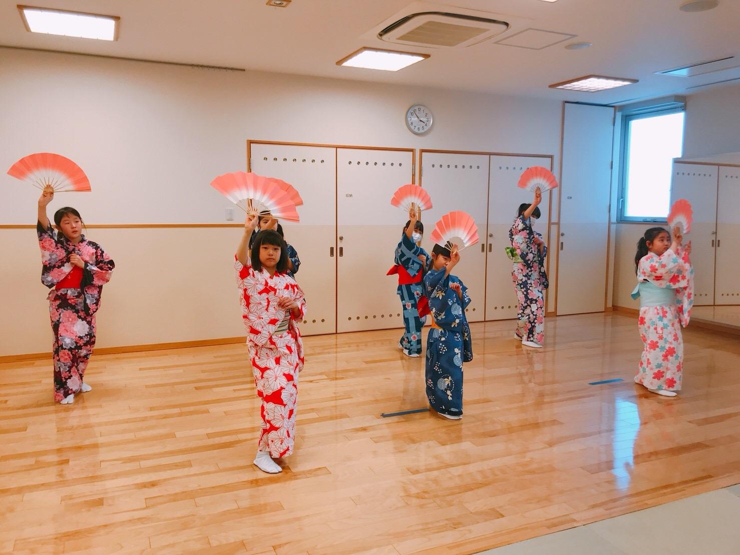 日本舞踊サークル「すずらん」