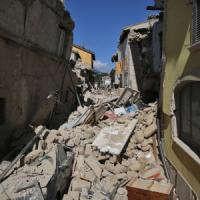 """Terremoto: """"Sostegno immediato a famiglie e imprese"""""""