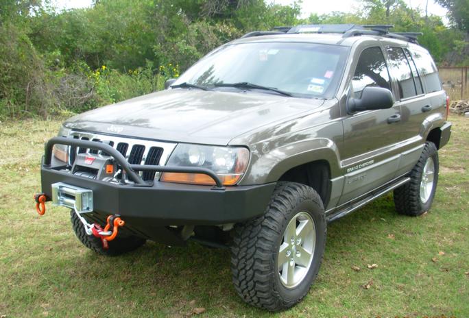 WJ Front Bumper w/PreRunner Light Bar 3