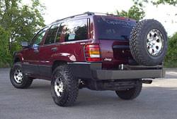 WJ Rear Bumper w/Tire Carrier 2