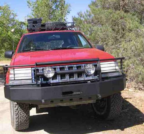 ZJ Front Bumper w/Grill Guard