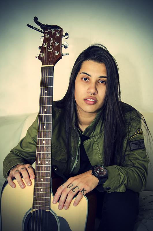 Cantora Ana Gabriela
