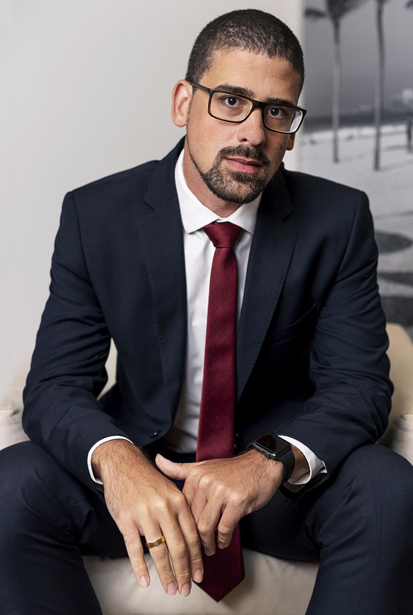 Douglas - Loeser Advogados