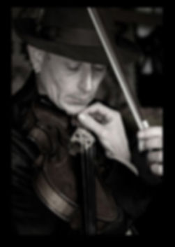 Gerry Harrington traditional Irish Fiddle player and Teacher