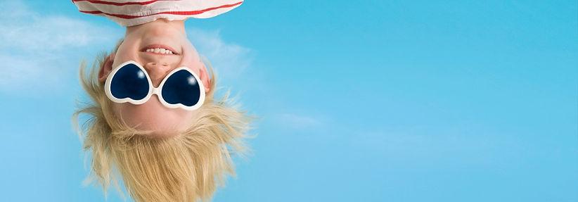 hero-notext-kid-sunglasses-mirror.jpg