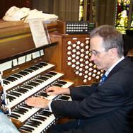 Gerre Hancock at the Basilica Grand Organ console