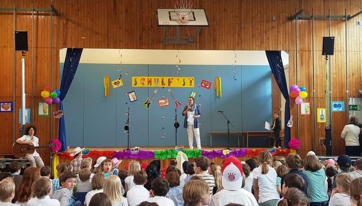 """Schulfest """"Musik ist Trumpf"""""""