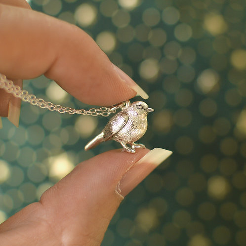 Little Robin Pendant Solid Gold