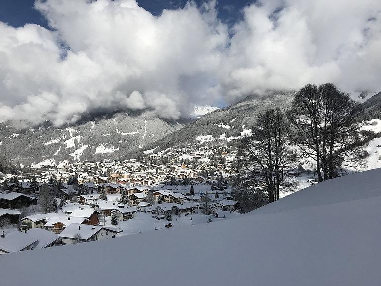 Klosters Winter Blick von oben Schnee (C
