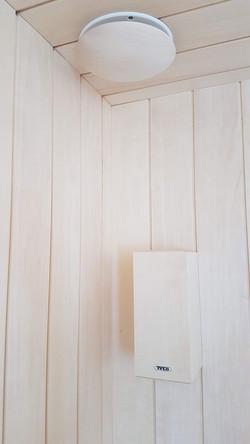 Ventilationskåpa i trä