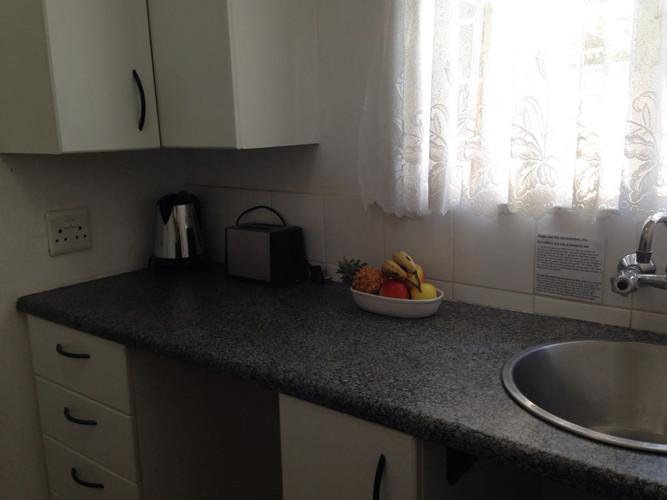 Mews kitchen 1.jpg