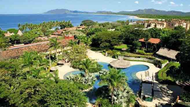Playa-Tamarindo-Costa-Rica