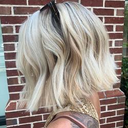 Blonde Blunt Bobs—-we stan > >> >>> #ola