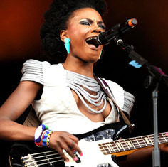 Shingai Shoniwa, The Noisettes