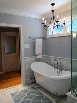 Middle Valley Master Bathroom