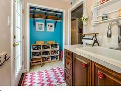 Red Fox Laundry Room