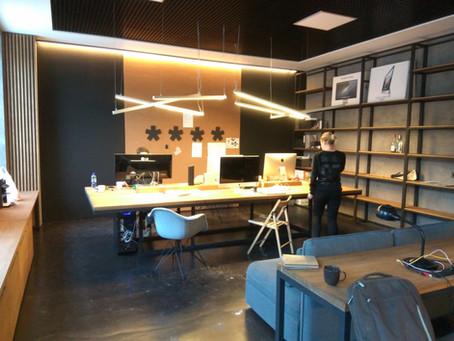 Закончены работы в офисе дизайн-студии FASTFOXES