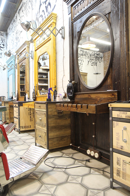 Black Beard Barbershop, барбершоп в стиле лофт