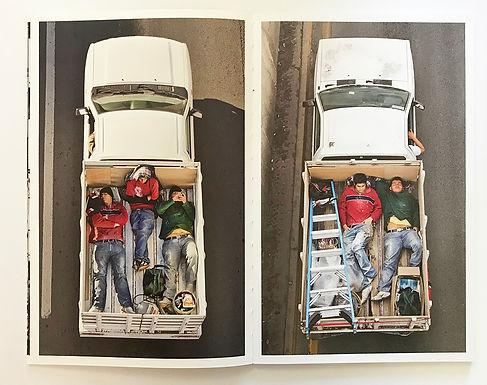CARPOOLERS un libro di Alejandro Cartagena