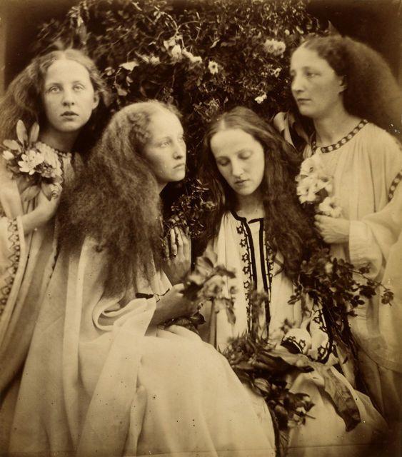 The rosebud garden of girls, 1868 © Julia Margaret Cameron