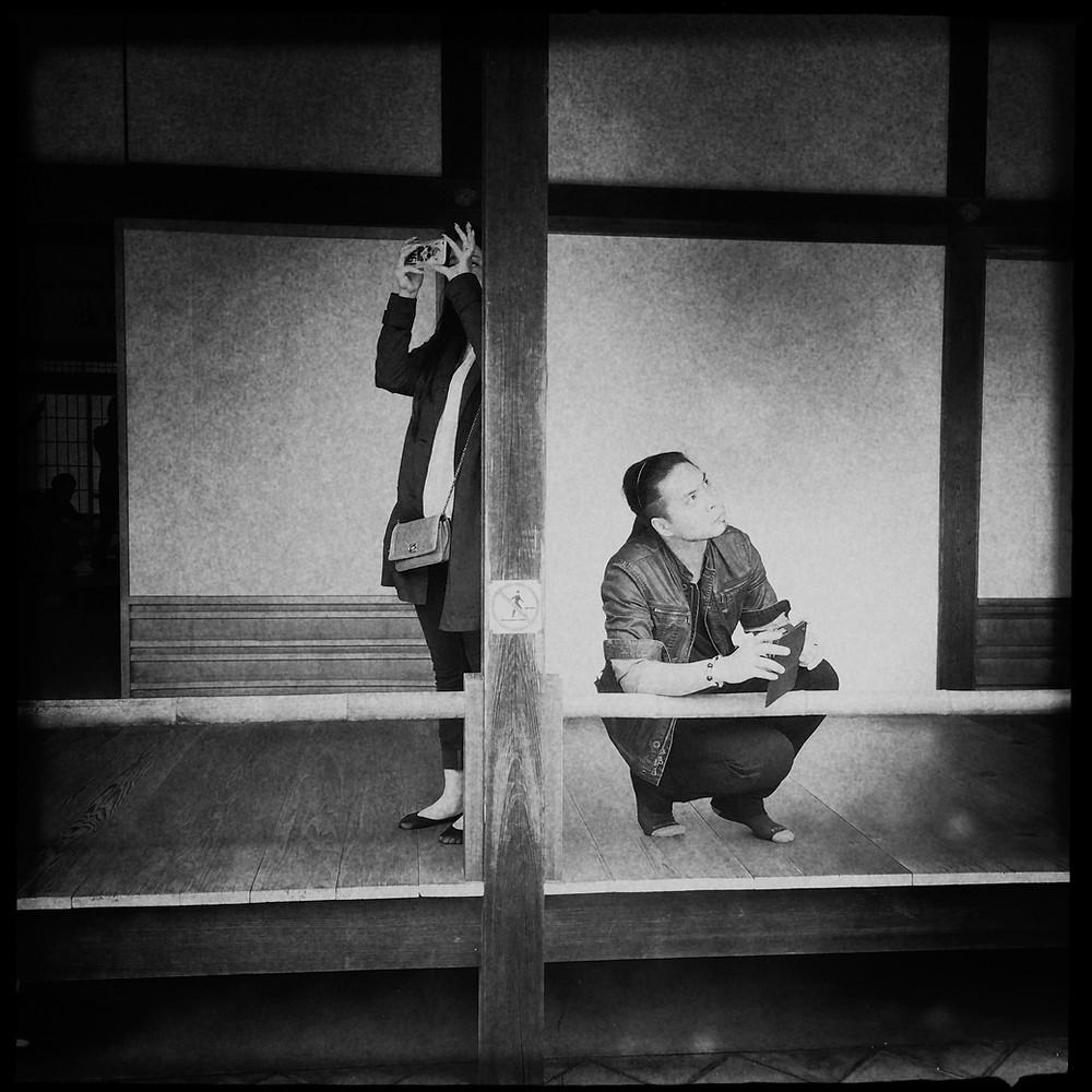 Kyoto Giappone fotografia bianco e nero bnw reportage street photography mobile iphone tradizionale
