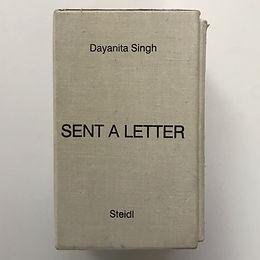 SENT A LETTER un libro di Dayanita Singh