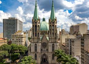 Una iglesia más