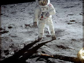 El primer paso lunar