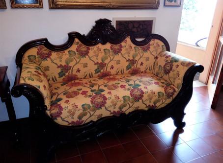Divano in stile Luigi XV