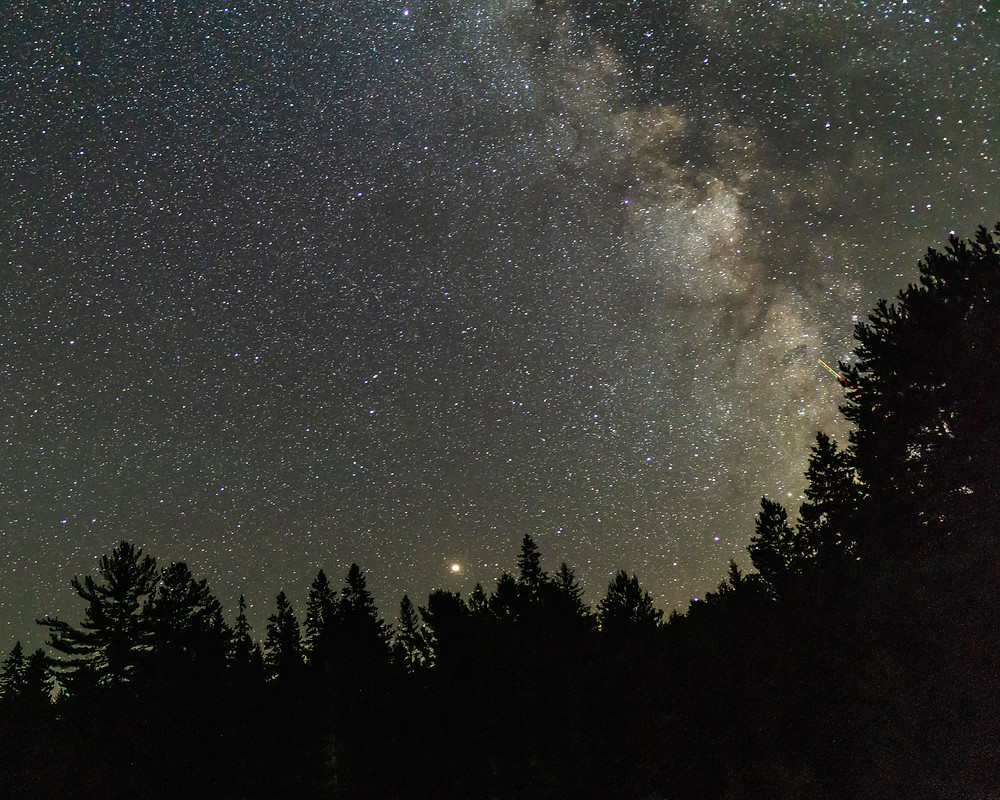 Stargazing while travelling Canada in Algonquin Park Scenic Views by Car Recommendations Best
