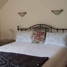 Guest Room with ensuite.jpg