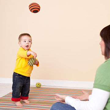 Source: http://www.parents.com/toddlers-preschoolers/development/12-18-months-activities-for-large-motor-skills/