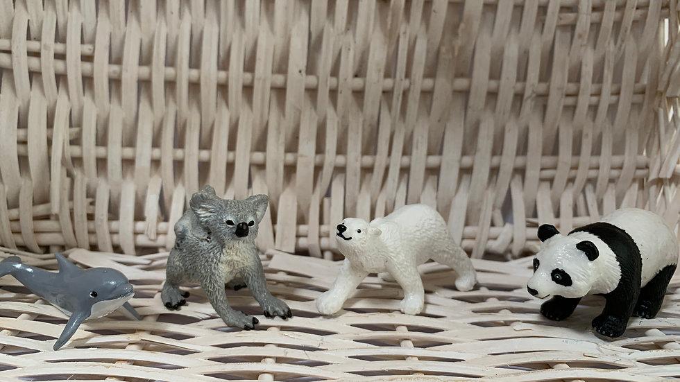 Safari Toy Animals