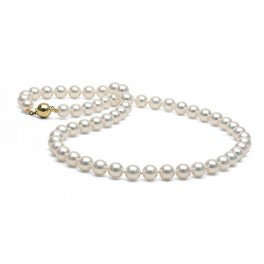 Classical white pearls necklace