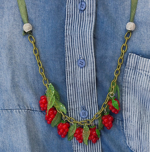 Berries set - necklace and earrings