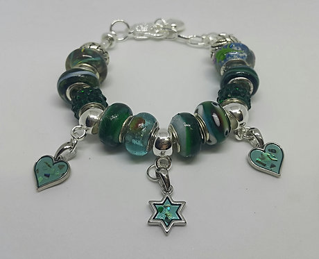 Bracelet with Star of David and 2 hearts